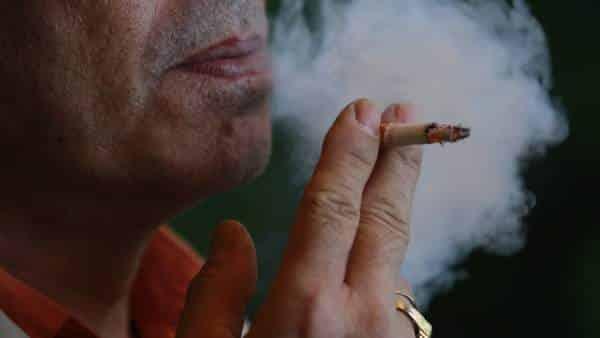 El hábito de fumar puede provocar ceguera. Foto: 20minutos