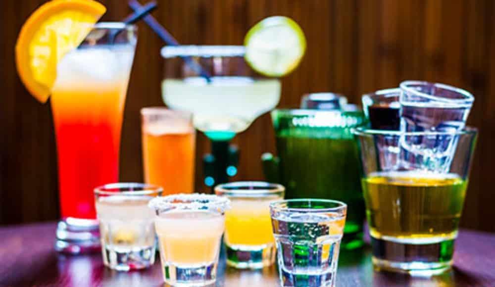 beber alcohol con medicamentos