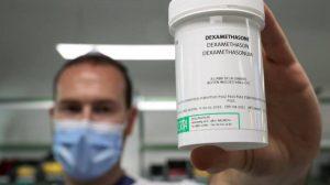 Dexametasona reduce muertes en pacientes graves de COVID-19: Universidad de Oxford