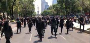 protestan en Reforma contra brutalidad policial