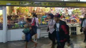 reabren locales comerciales del Metro