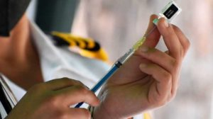 Campeche comenzará vacunación a maestros