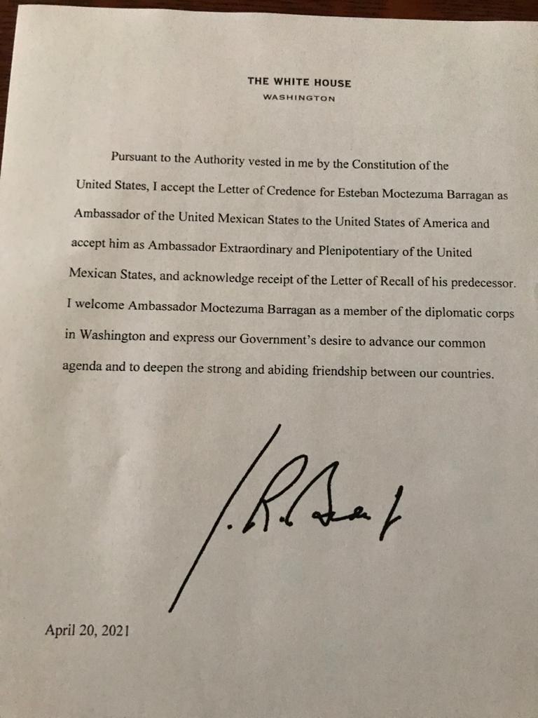 Joe Biden acepta cartas credenciales de Esteban Moctezuma