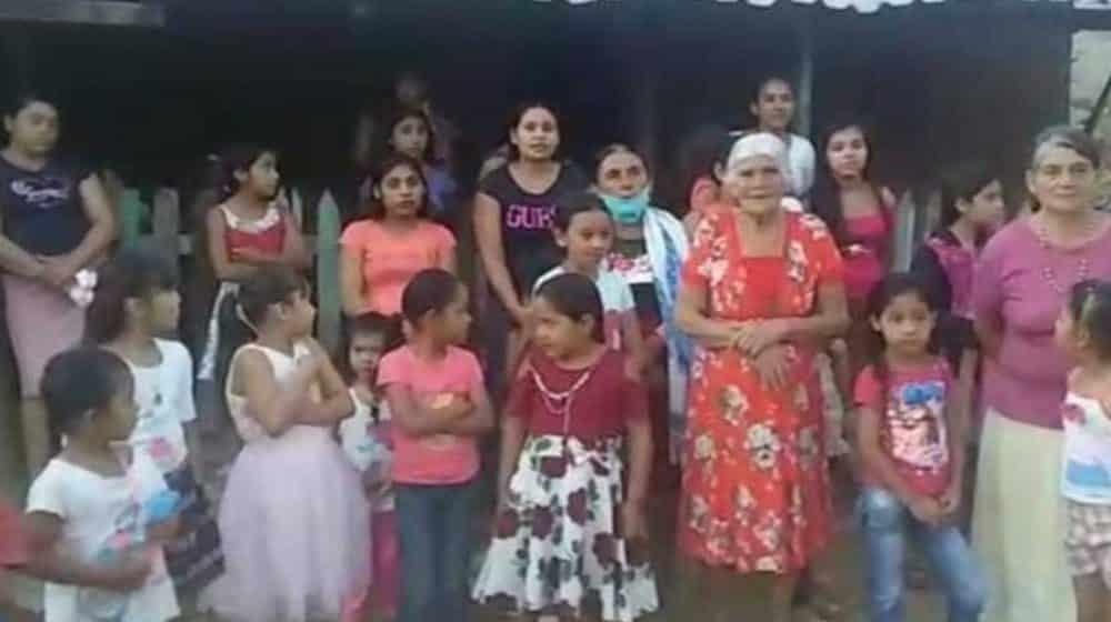 habitantes de Guajes de Ayala y de Ciénega de Puerto Alegre