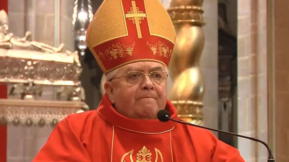 Renuncia Obispo acusado de abuso sexual
