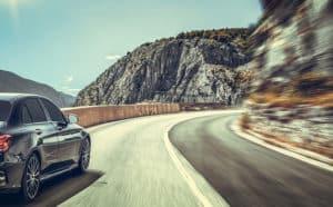 peligros de viajar en carretera
