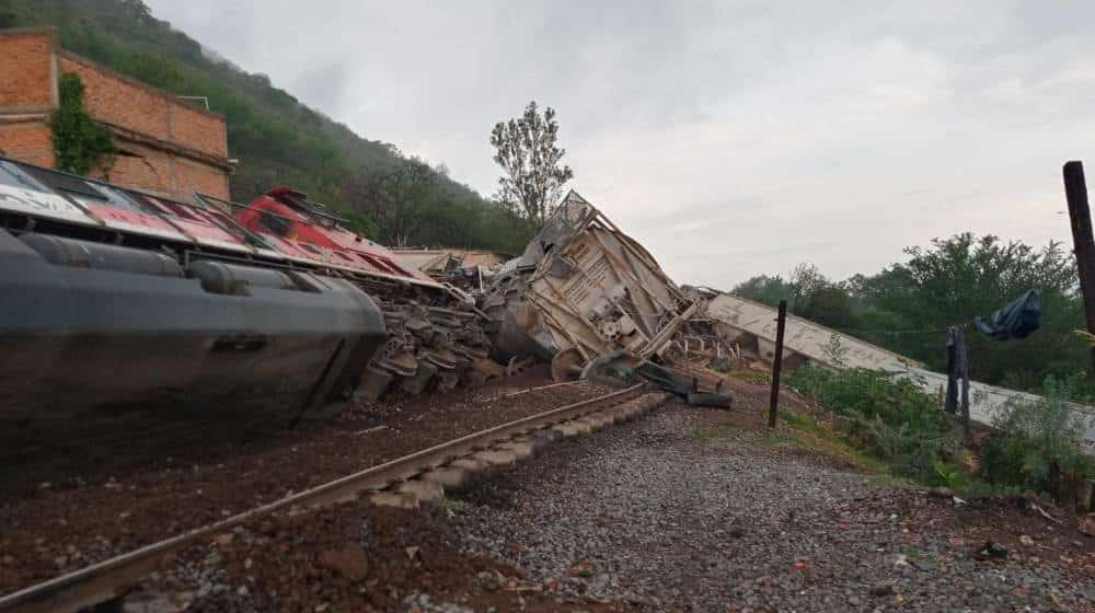 Se descarrila tren en Tala