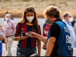 Regresan fans al Camp Nou